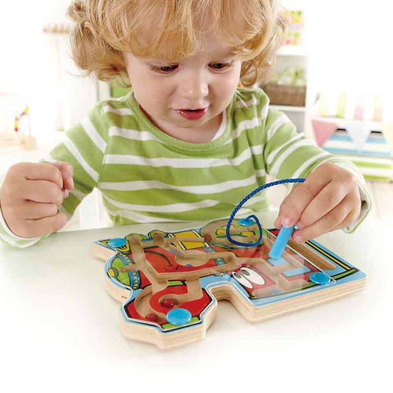 """Деревянная игрушка-головоломка с магнитами """"Поезд"""", Hape"""